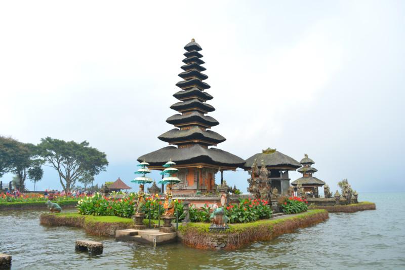 Pura Ulun Danu Bratan Temple Bali www.jaimyskitchen.nl