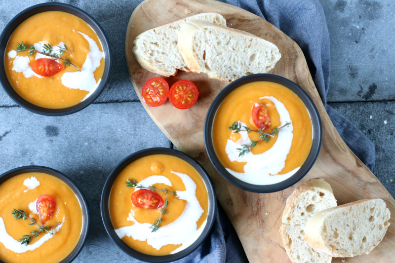 Soep met tomaat tijm en paprika www.jaimyskitchen.nl