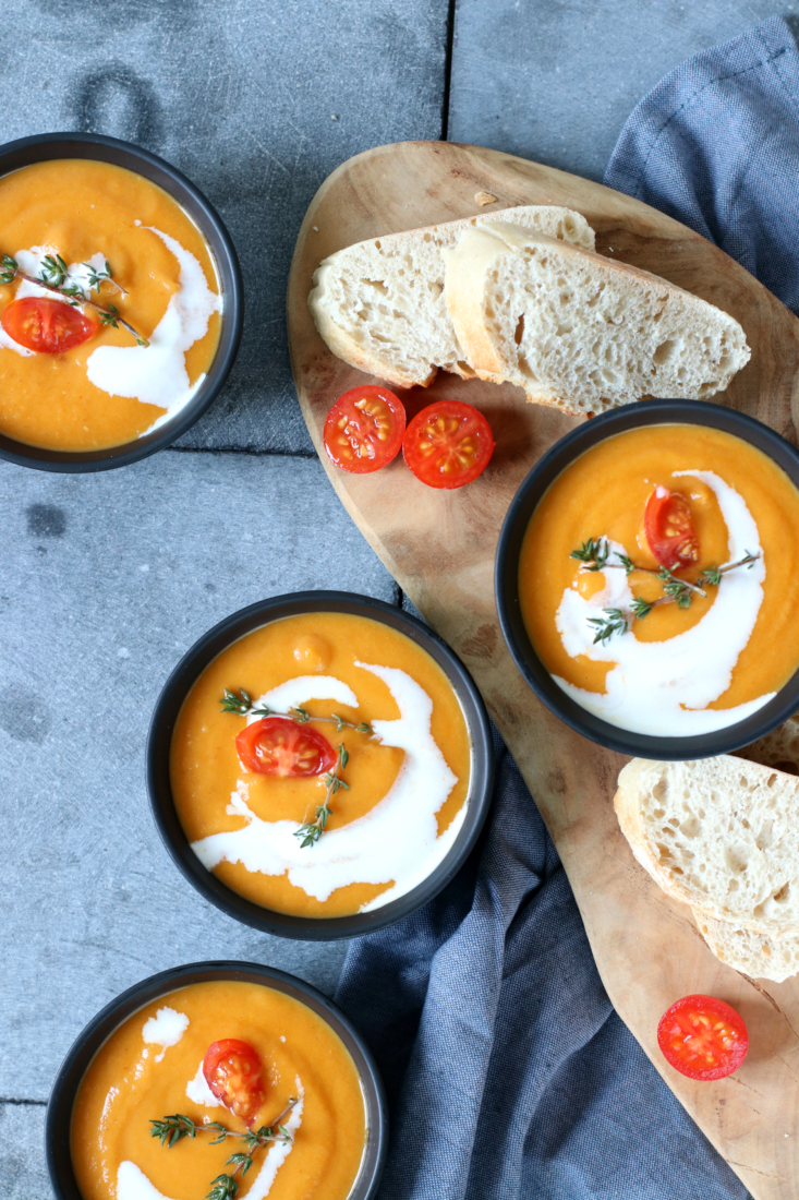 recept Tomatensoep met paprika en wortel www.jaimyskitchen.nl