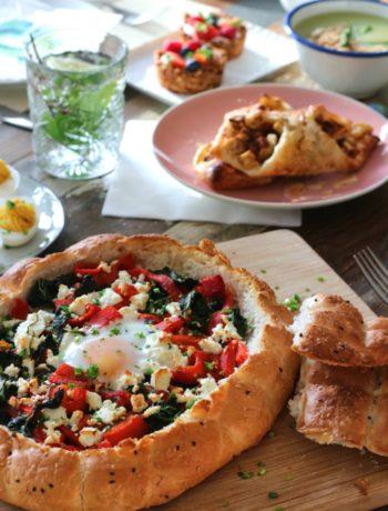 Gevuld Turks brood met spinazie, paprika en feta www.jaimyskitchen.nl