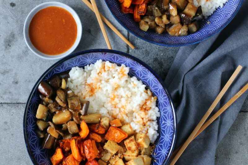 Sushi rijst met pompoen, aubergine en tofu en misosaus www.jaimyskitchen.nl