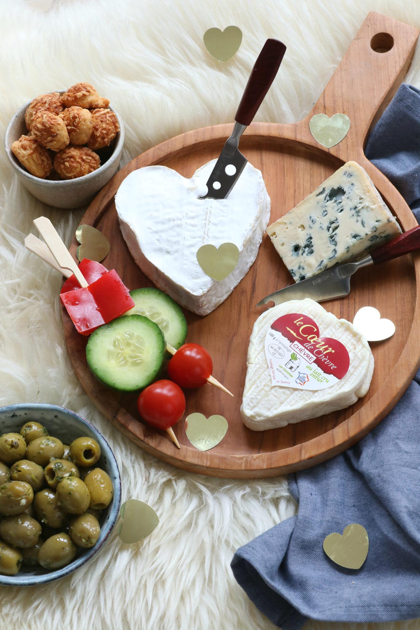 Hoe maak je een lekkere kaasplank - hart kaasjes www.jaimyskitchen.nl