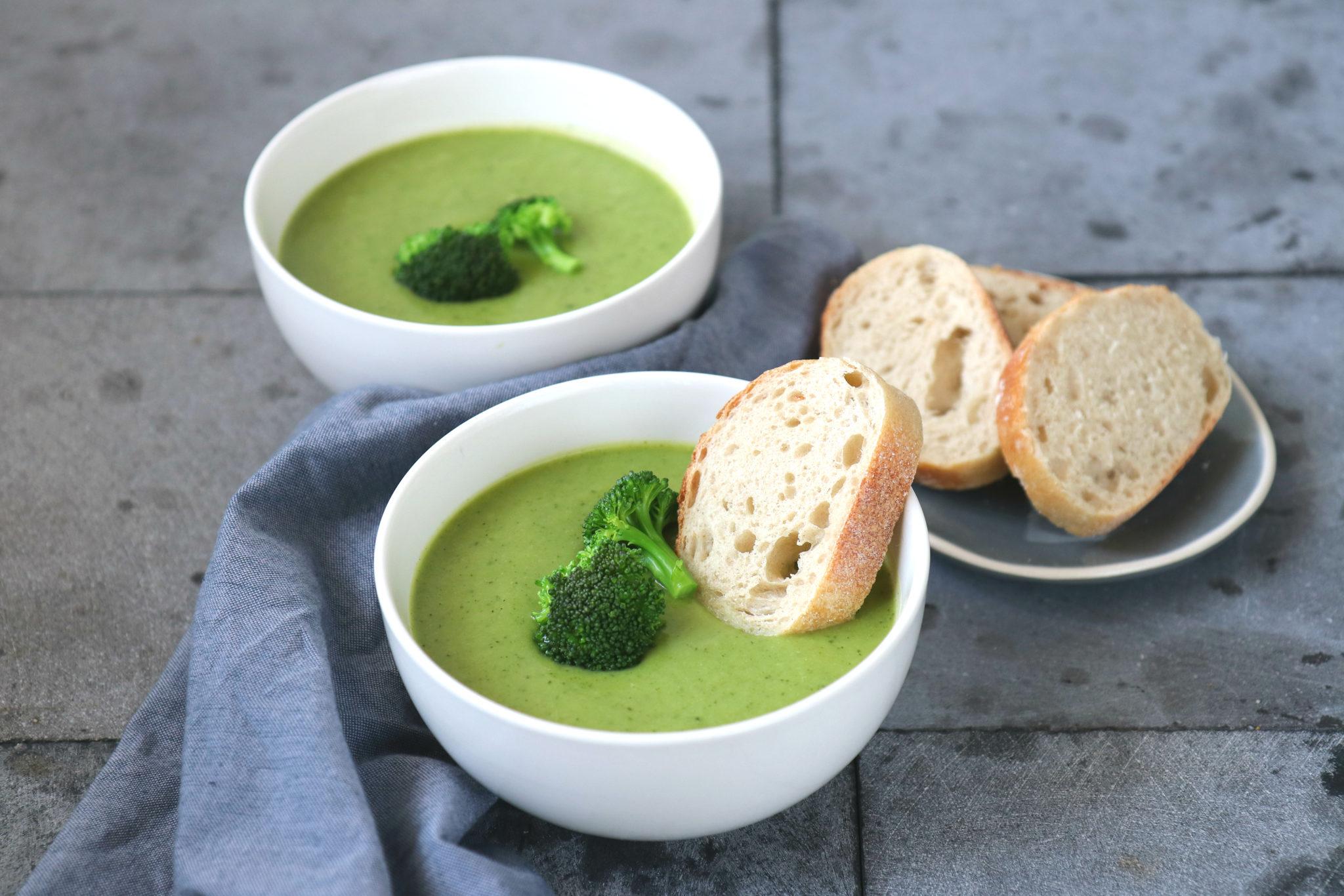 Recept courgette en broccoli soep www.jaimyskitchen.nl