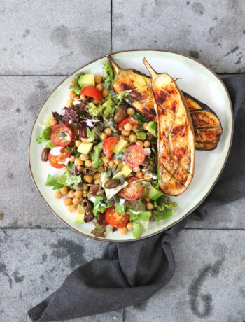 Salade met aubergine en kikkererwten www.jaimyskitchen.nl