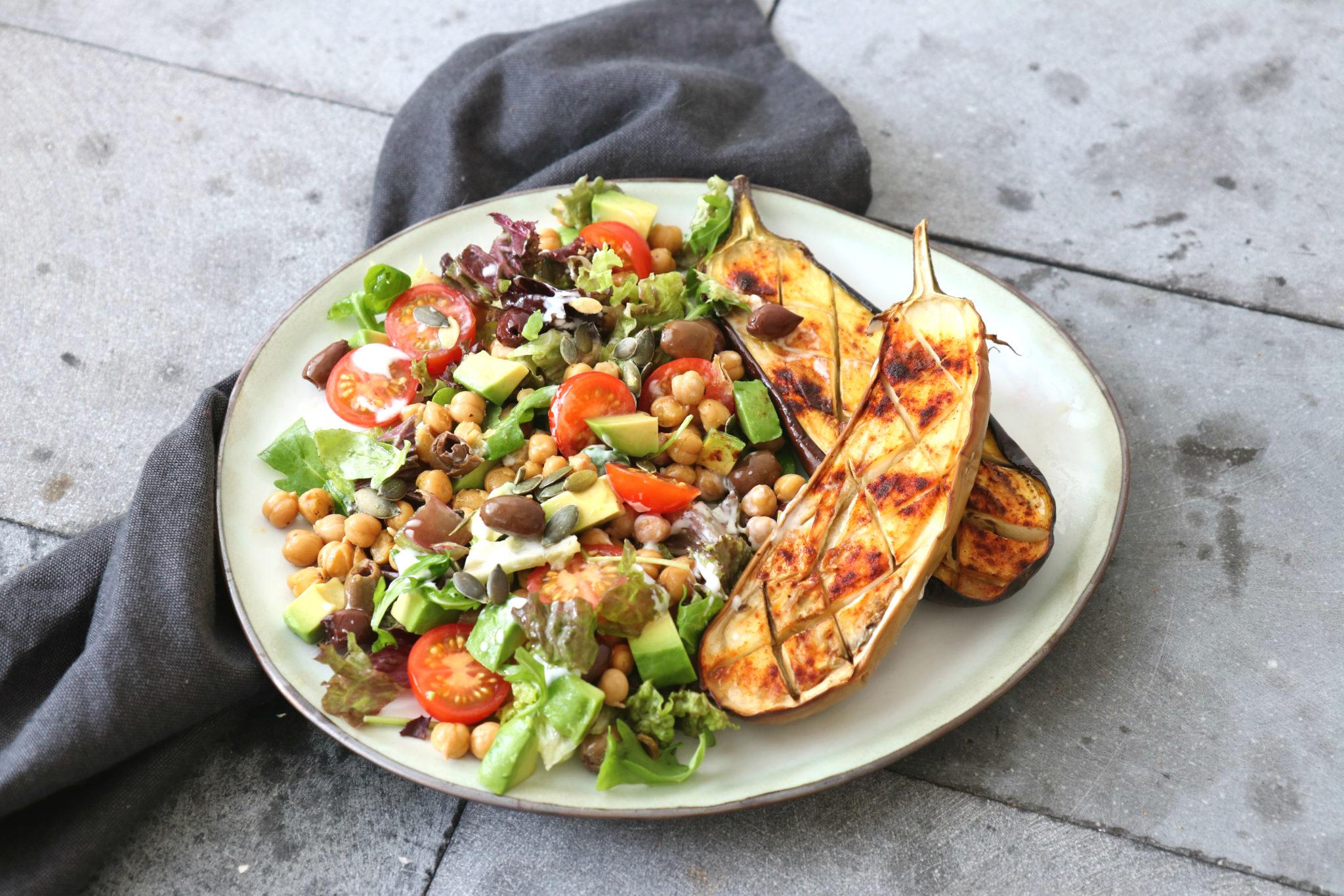 Salade met gegrilde aubergine www.jaimyskitchen.nl
