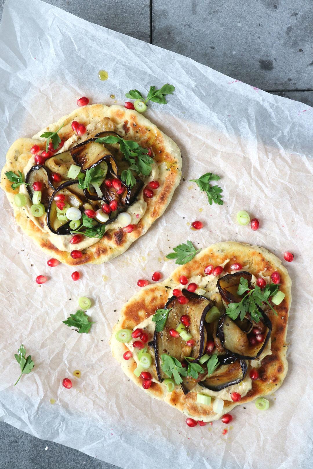 recept naanbrood met aubergine en granaatappel www.jaimyskitchen.nl