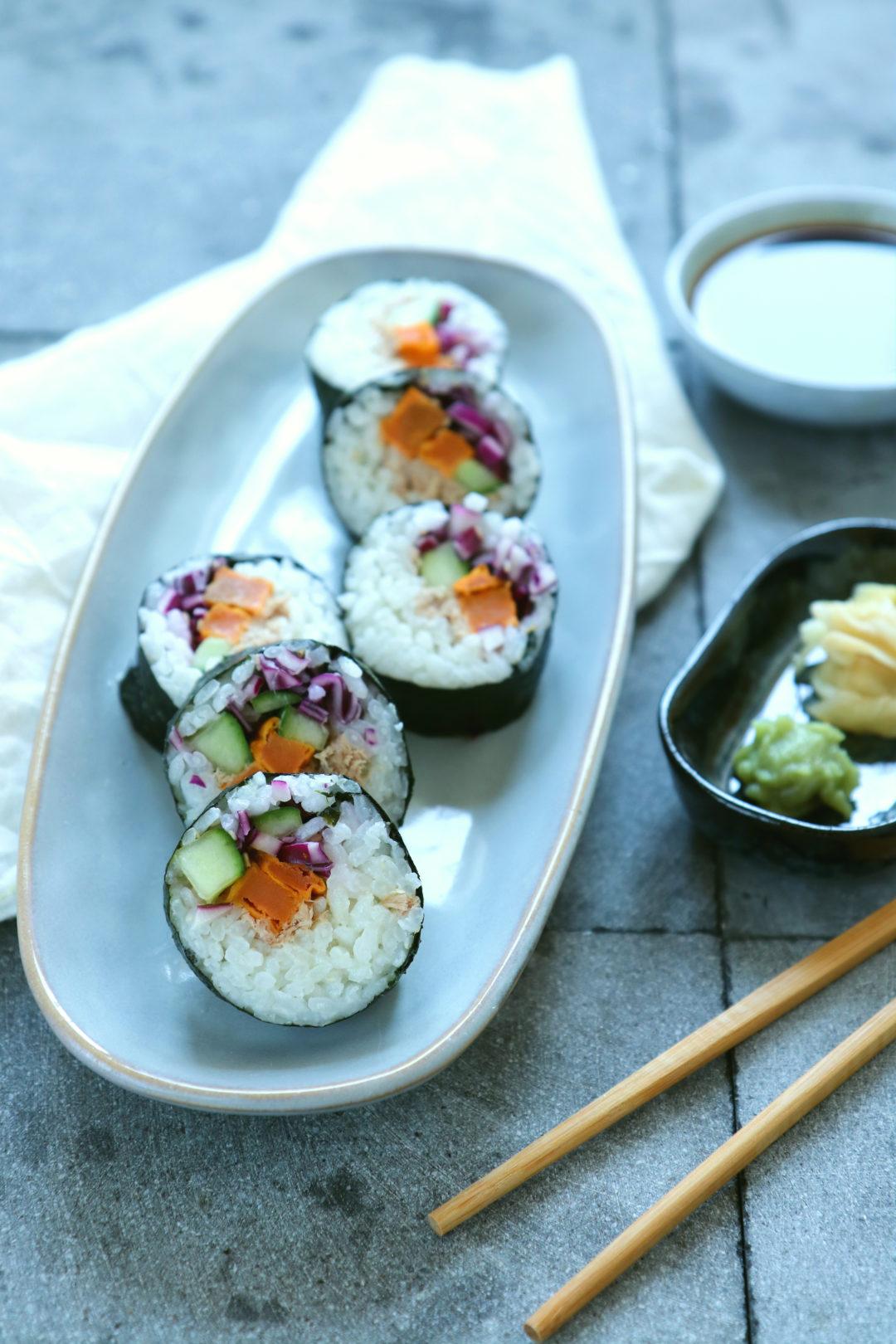 Recept zelfgemaakte sushi met zoete aardappel en tonijn www.jaimyskitchen.nl