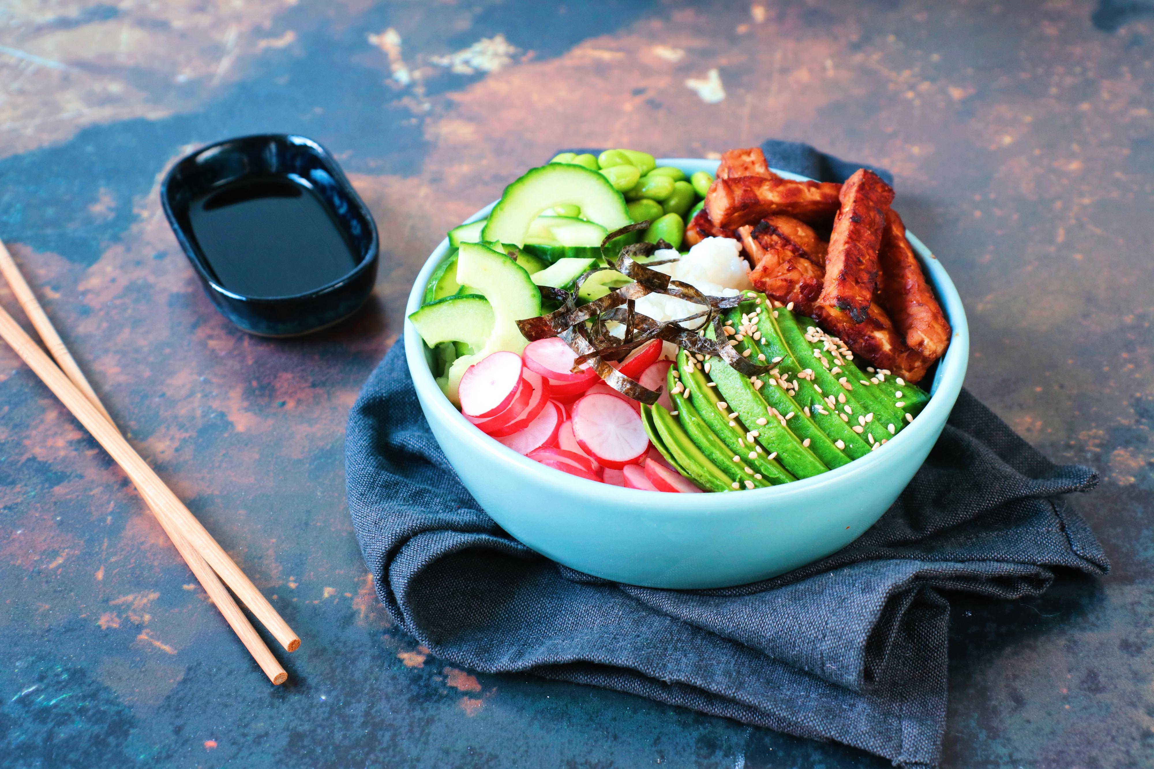 Recept sushi bowl met tempeh www.jaimyskitchen.nl