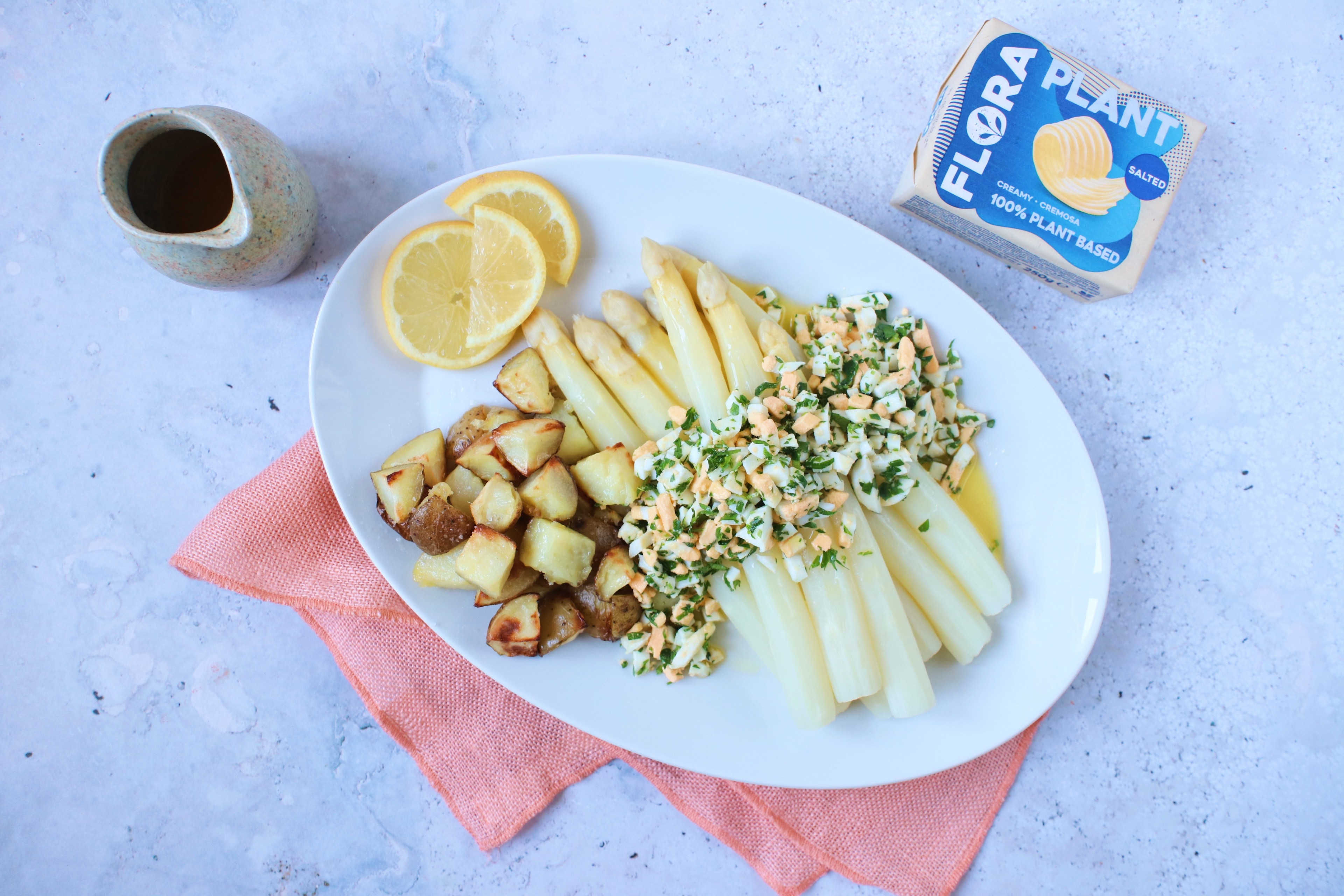 Recept Witte asperges met ei en plantaardige botersaus www.jaimyskitchen.nl