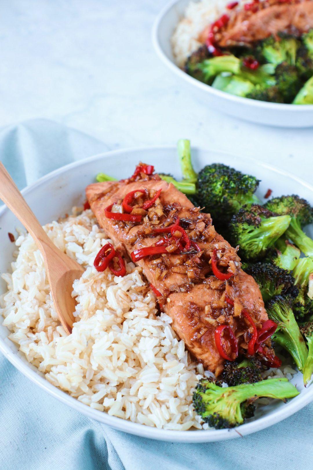 Zalm met broccoli en rijst www.jaimyskitchen.nl