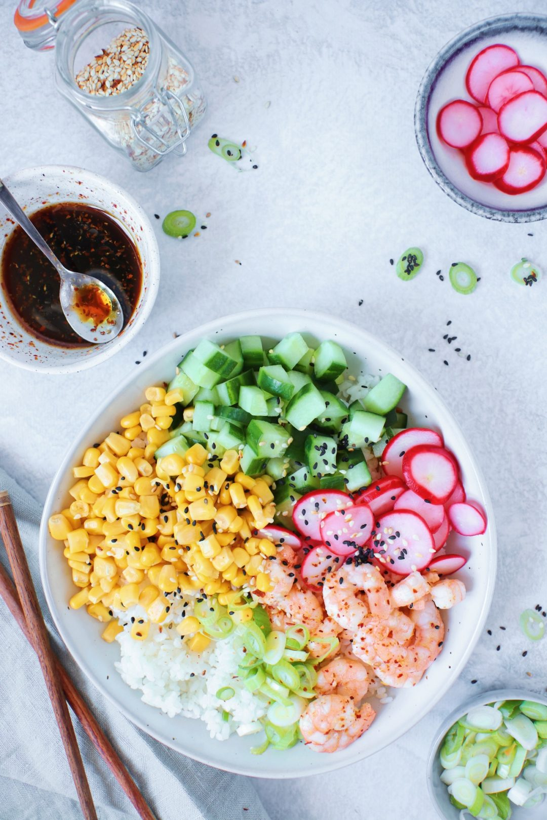Poke bowl met garnalen www.jaimyskitchen.nl