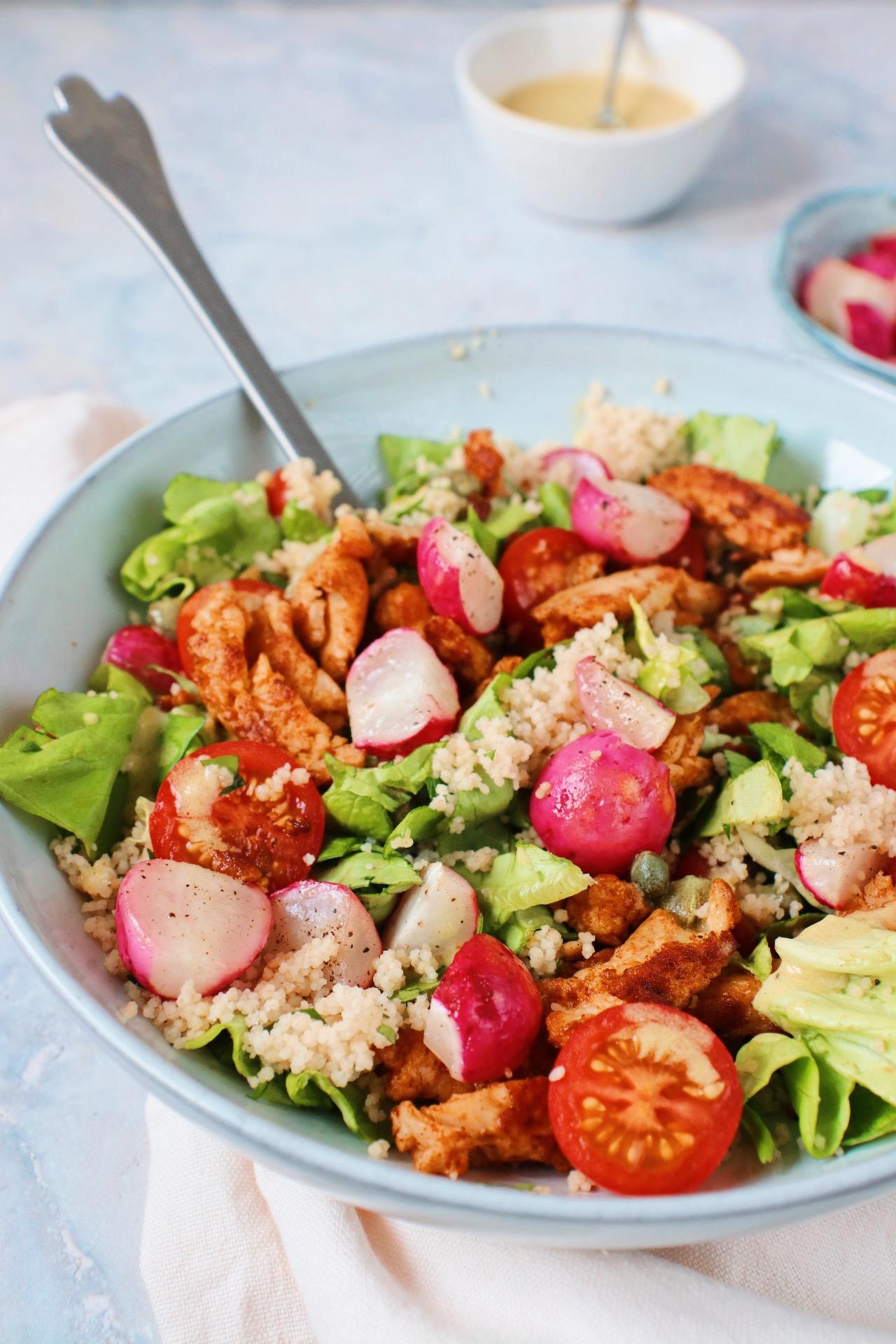 Salade met geroosterde radijs en kip www.jaimyskitchen.nl