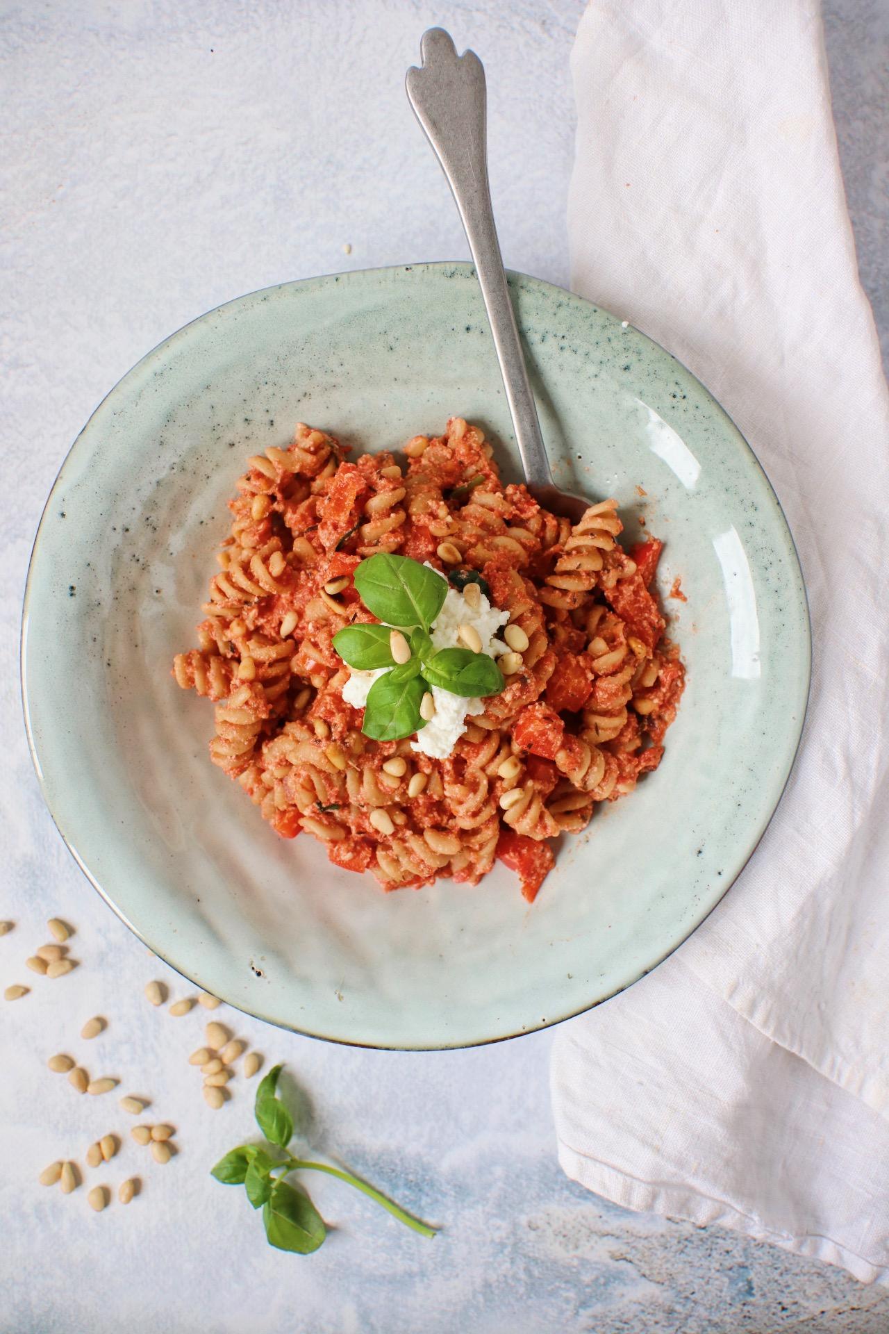 Pasta met tomaten ricotta saus www.jaimyskitchen.nl